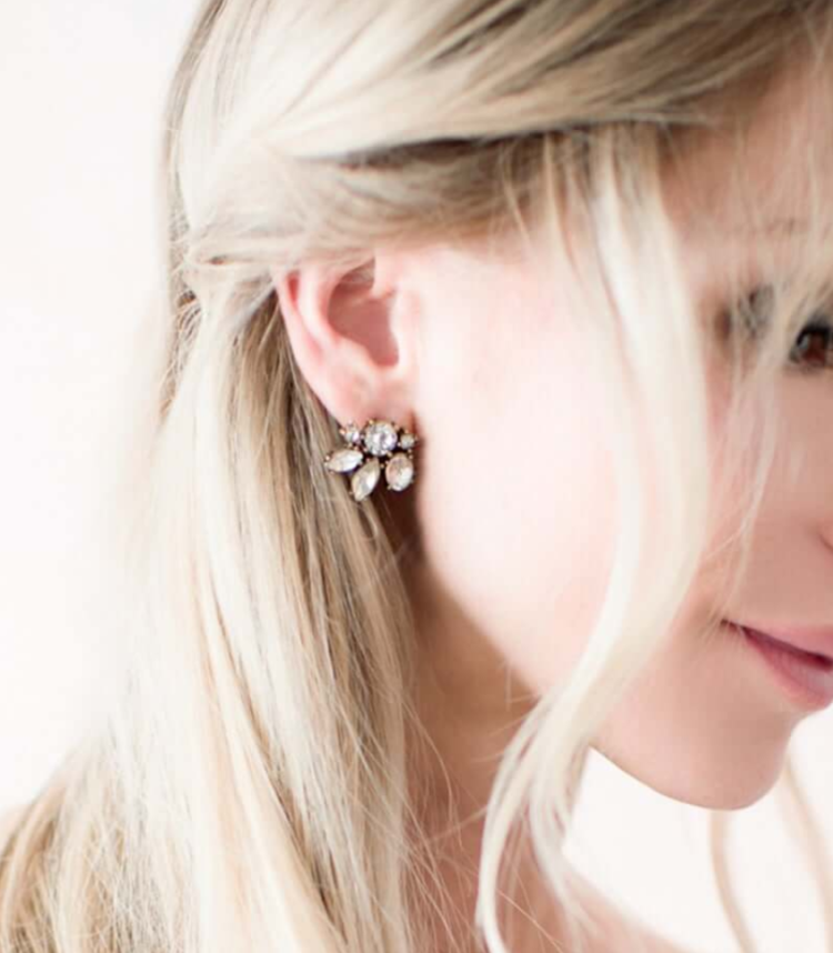 statement vintage rhinestone earrings will make your bridal look very chic and ultimate