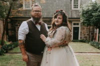 01 This couple went for a cool fall Edgar Allan Poe themed wedding as he's their favorite writer