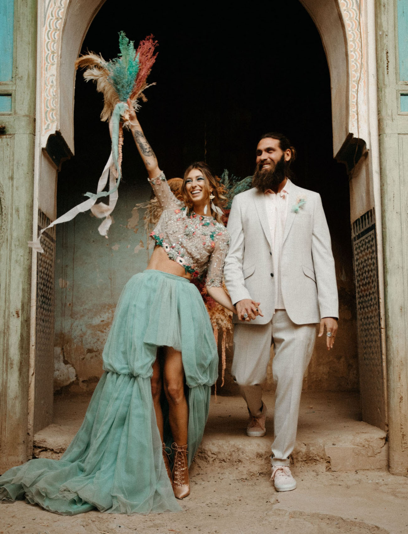 This gorgeous Moroccan wedding shoot was colorful, with a touch of bling and sparkle and absolutely non traditional for Morocco