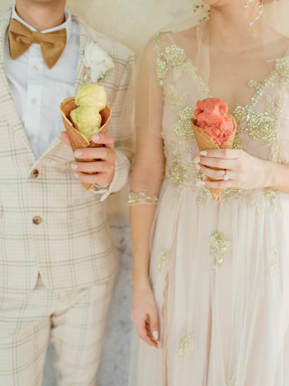 tropical wedding must feature some ice cream