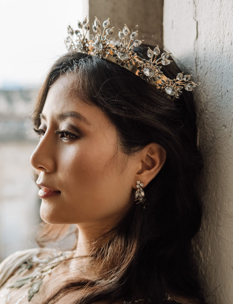 I love the embellished crown the bride was wearing