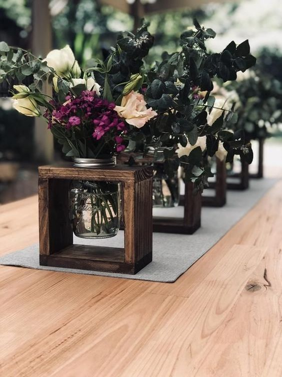 make simple and cute stands for your floral wedding centerpieces if you are having a casual or rustic wedding