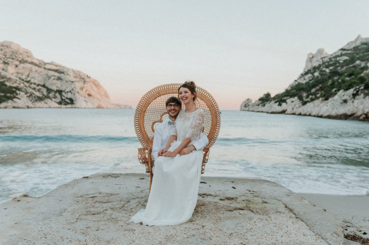 What a lovely wedding shoot right on the beach