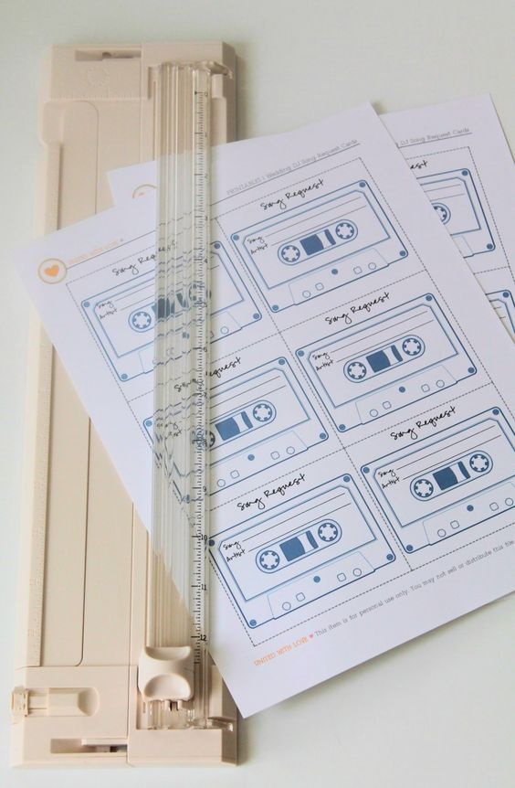 create your wedding song playlist and make song request cards for wedding guests