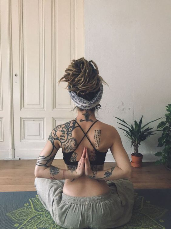 practice yoga altogether relaxing, having cool vibes and enjoying your yoga routine