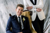01 This couple became models in this elegant, refined and bold spring wedding shoot that inspires for real