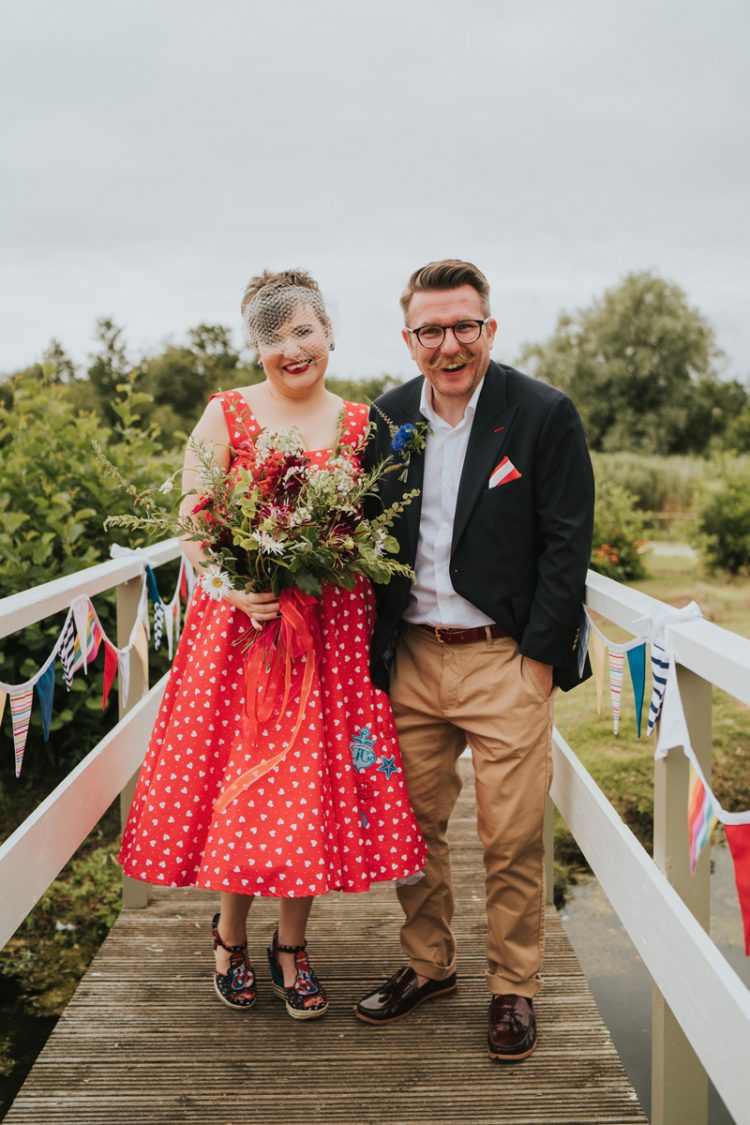 This bright retro wedding was a summer seaisde one, it was personalized as much as possible