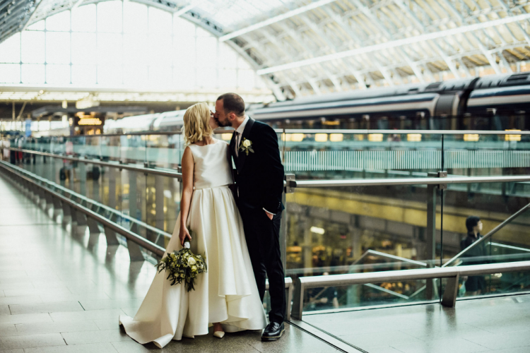Chic Art Deco Wedding At St.Pancras Station