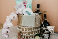 03 Each guest was welcomed with a gift basket with everything you may need in tropics
