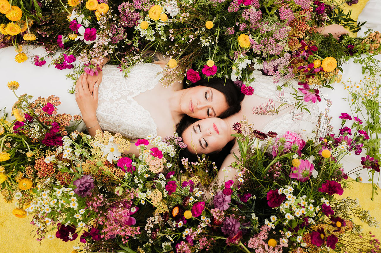 I adore this flower filled wedding shoot, I hope it will inspire you to have a gorgeous micro wedding, too