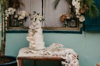 11 The tropical decor was amazing and romantic, with lush florals and tropical foliage