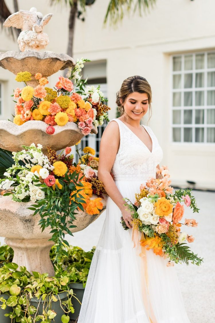 This bright wedding shoot was inspired by Cuban culture and included many traditional things that were perfectly integrated