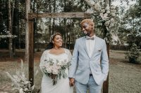 01 This lovely couple planned their boho backyard wedding in just two weeks