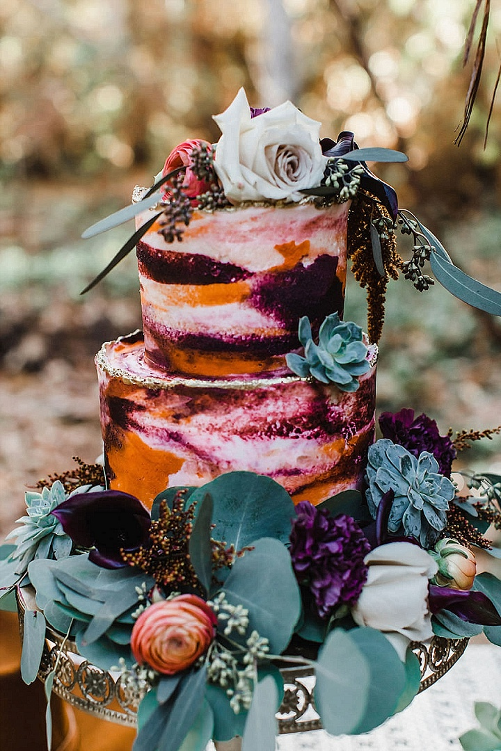a gorgeous naked cake design with succulents