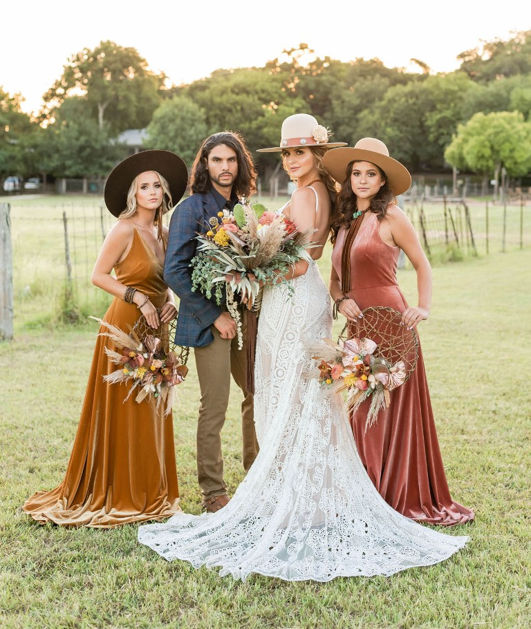 This amazing Texas boho wedding shoot was done in bold tones that are traditional for this place
