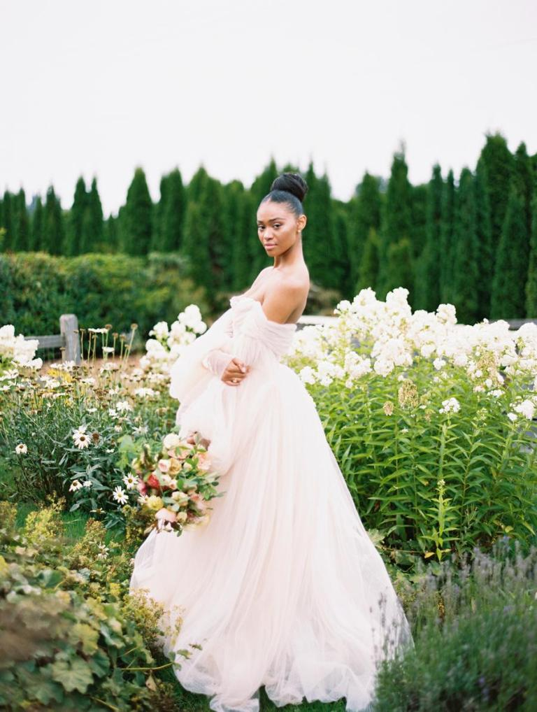This wedding shoot was created to say goodbye to one more summer