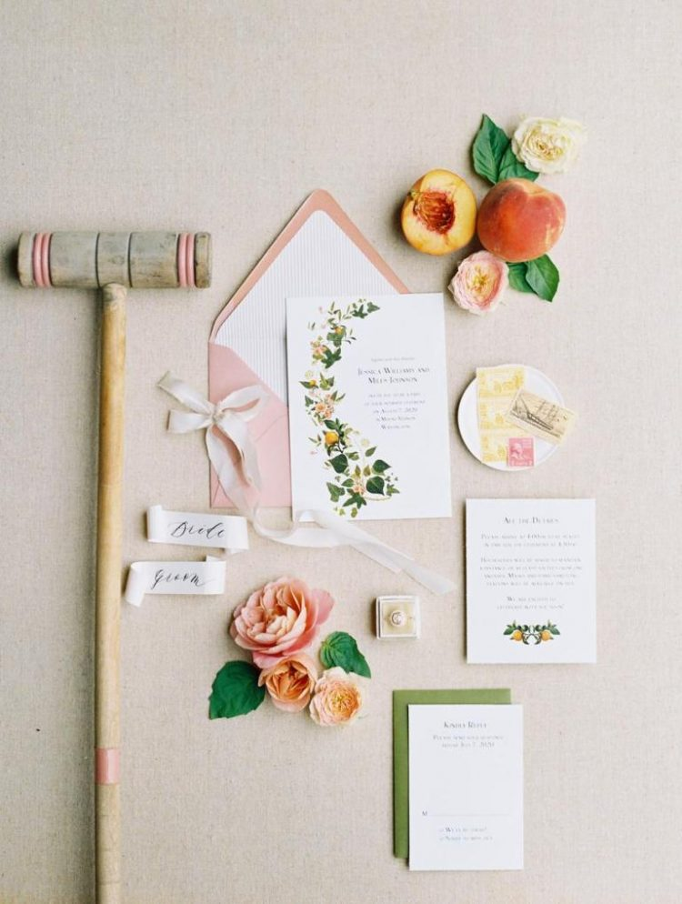 The wedding stationery was done in blush, green and with floral prints and look elegant