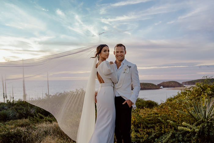 Dramatic And Luxurious Mexico Destination Wedding
