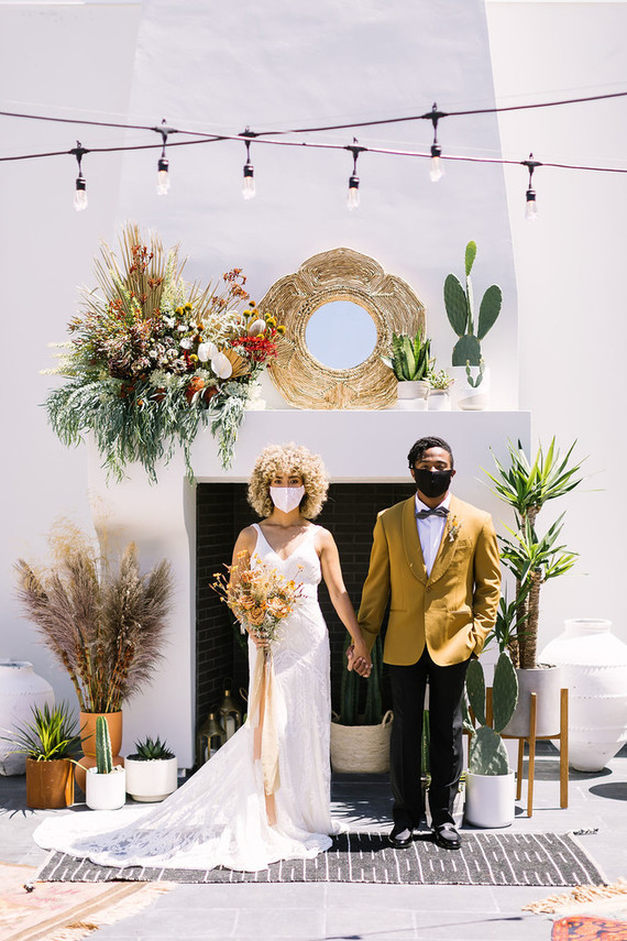 Modern Desert Chic Wedding Shoot With Sustainable Decor