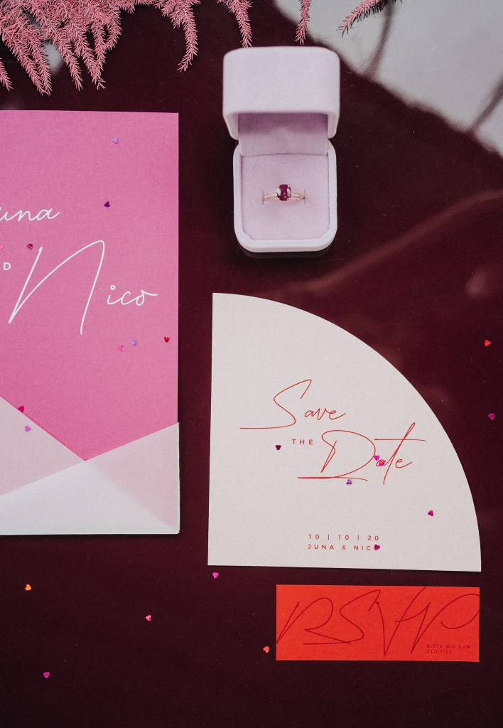 What lovely color blocked wedding stationery and a gorgeous fuchsia wedding ring