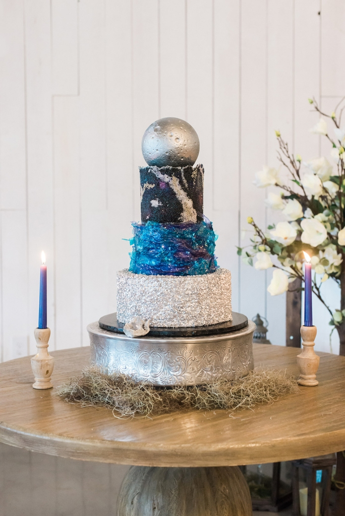 The wedding cake was a jaw-dropping one, with incredible celestial tiers and a silver ball on top