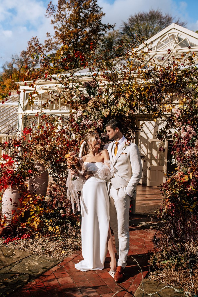 This wedding shoot was done in beautiful fall colors and with chic modern outfits