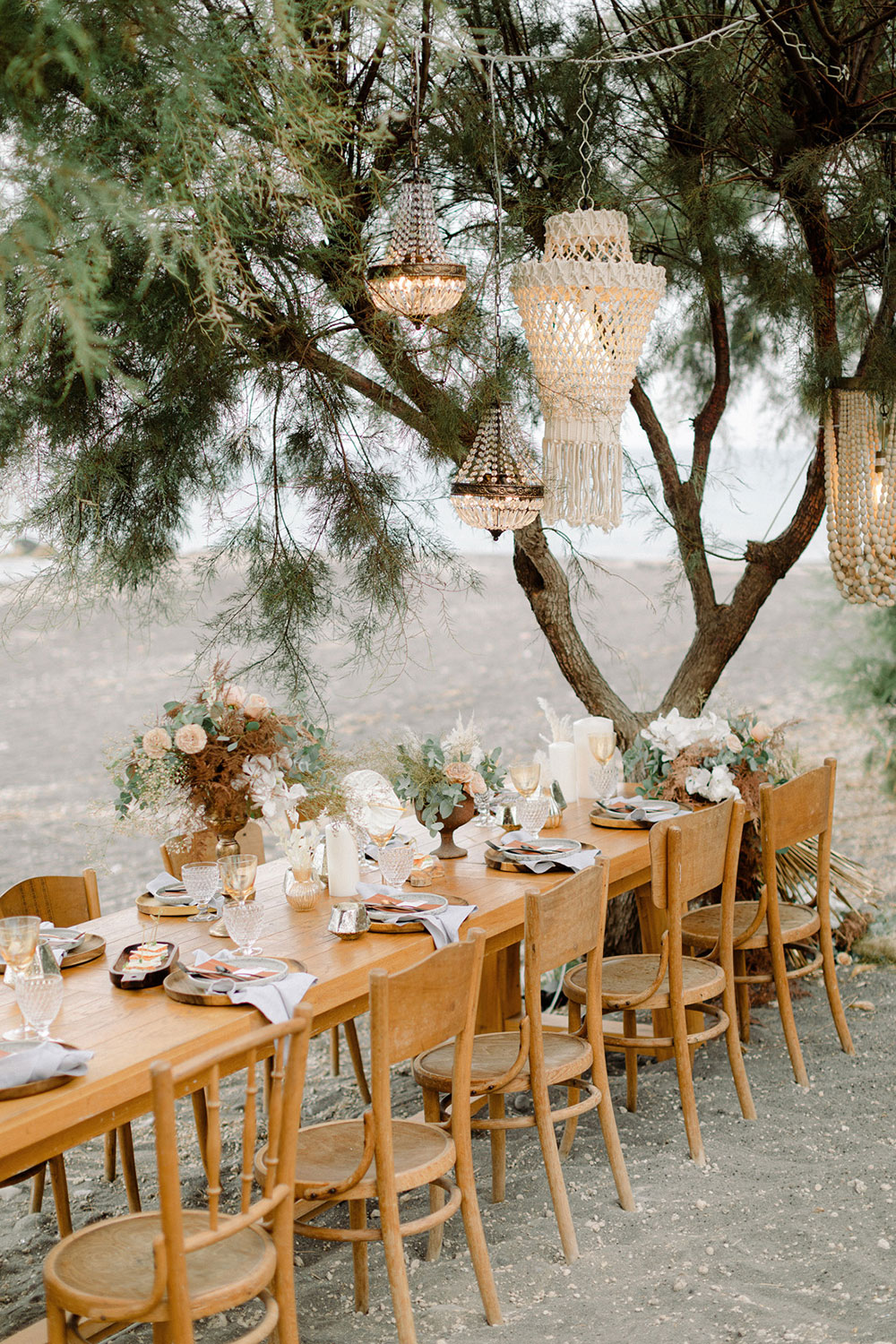 macrame decor is perfect for a seaside wedding