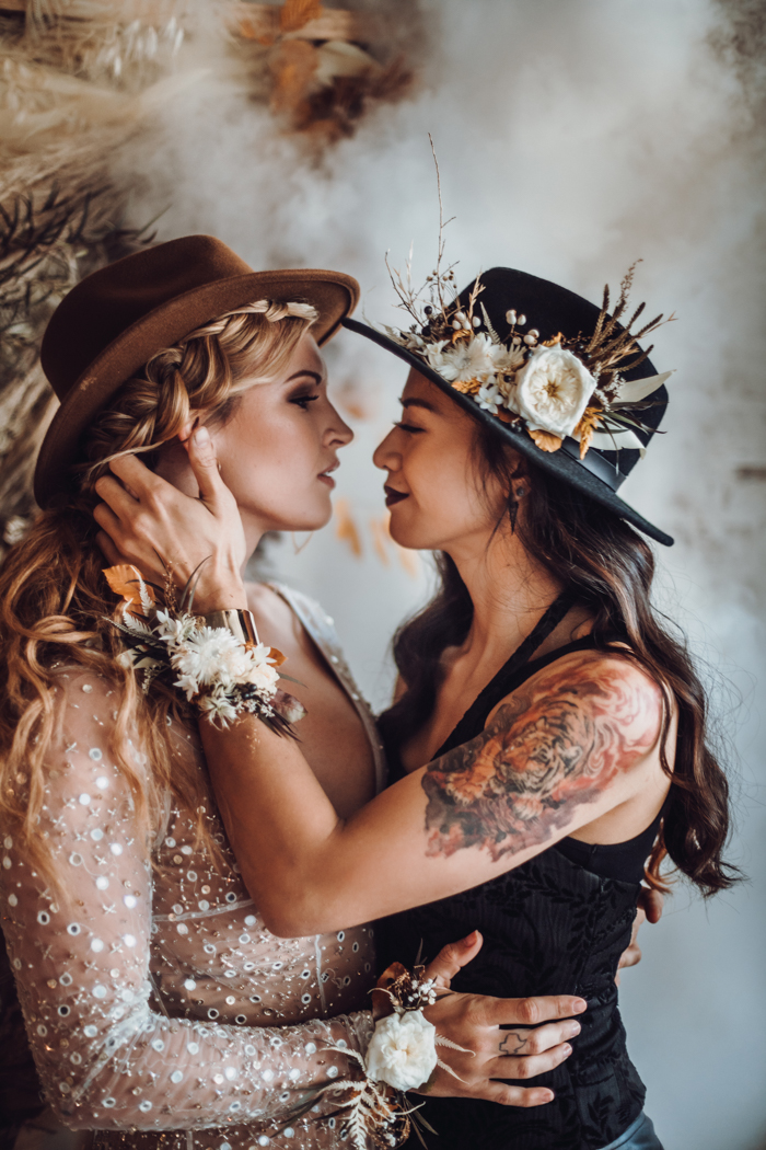 Both girls were rocking dried bloom accessories to make their looks more special