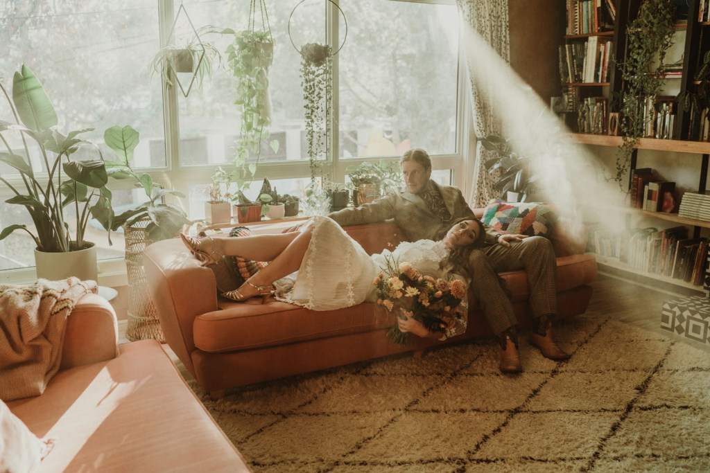 What a lovely idea to take some shots in your living room, with much sunshine and potted plants