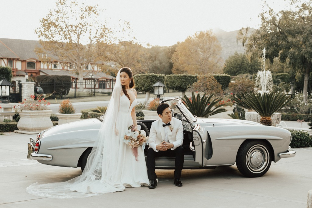 The couple rented a vintage Mercedes to have some fun