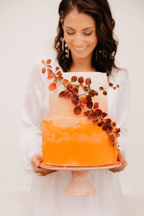 a cute fall wedding cake design