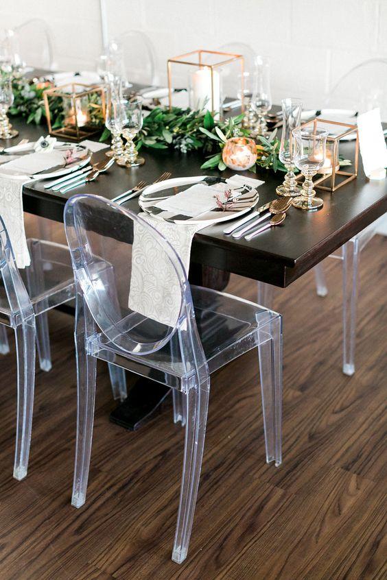 a cute modern tablescape for a wedding