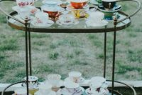 14 beautiful vintage teacups are ideal to reuse and upcycle, go to your favorite thrift shops and make your guests happy with them