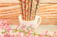 18 beautiful and colorful high-quality strong paper straws are biodegradable and will add a beautiful floral touch to your tables