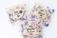 dried flowers works well as wedding favors