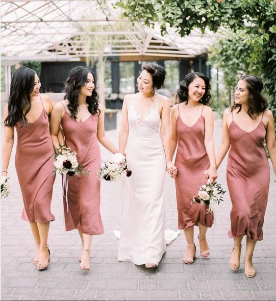rust to pink midi slip bridesmaid dresses with V-necklines are amazing for a summer to fall or just autumn wedding