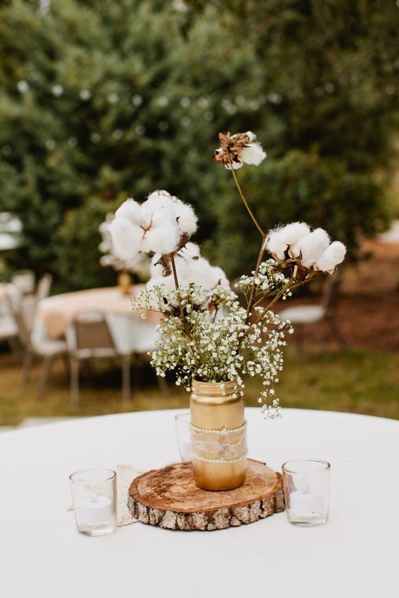 a simple rustic wedding centerpiece