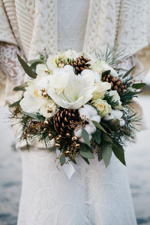 a gorgeous winter wedding bouquet