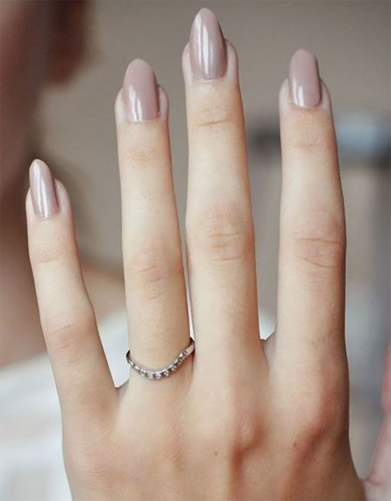 greige wedding nails are a cool idea for a spring, summer and fall wedding and can be worn after, too