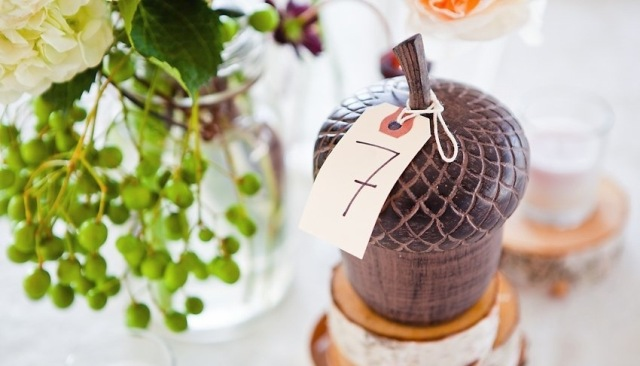 Picture Of Acorn Decor Ideas For Your Fall Wedding 8