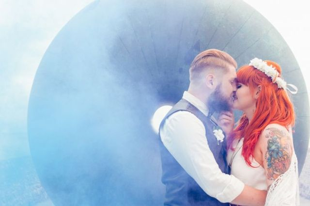 Picture Of Awesome Smoke Bomb Wedding Ideas 17