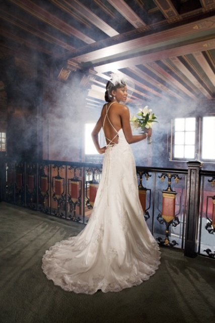 20 Spaghetti Strap Backless Wedding Gowns