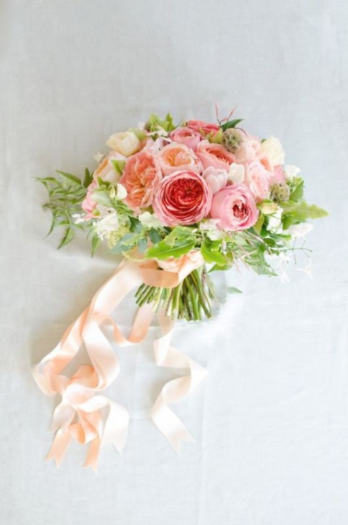 21 most gorgeous garden rose bridal bouquets