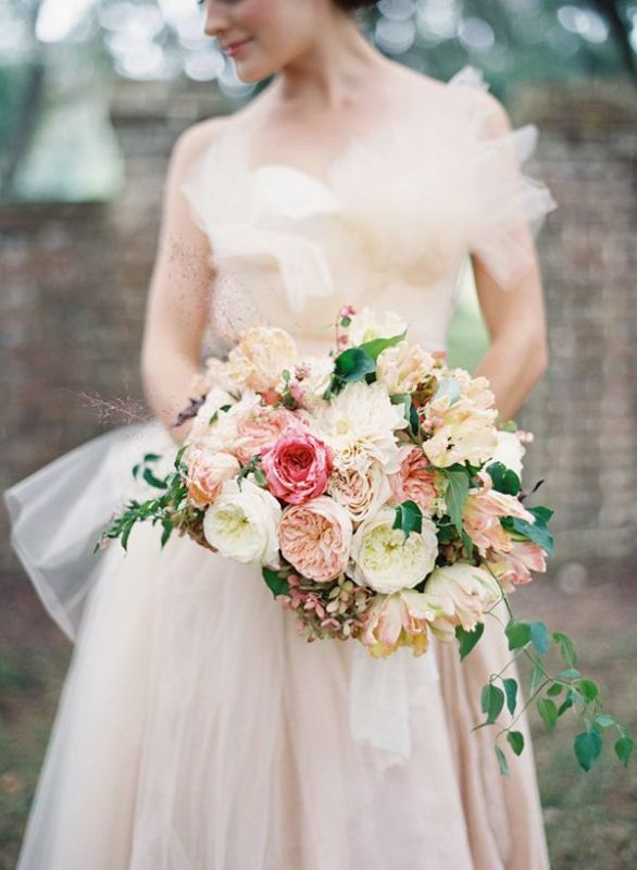 Picture Of most gorgeous garden rose bridal bouquets  11