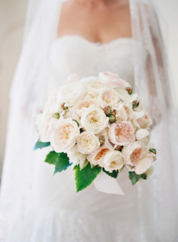Picture Of most gorgeous garden rose bridal bouquets  21