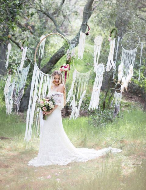 bohemian wedding decorations 22 boho wedding dreamcatcher d 233 cor ideas weddingomania 1999