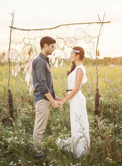 20 Dreamy Boho Room Decor Ideas: 22 Boho Wedding Dreamcatcher Décor Ideas