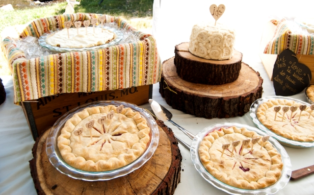 Picture Of Cozy Pie Bar Ideas For Your Wedding 17