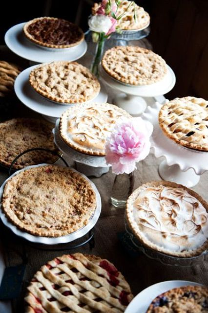 Picture Of Cozy Pie Bar Ideas For Your Wedding 4
