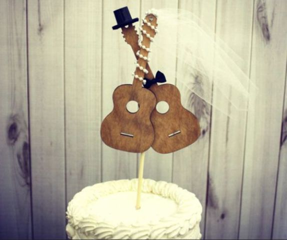 Picture Of Funny Wedding Guitar Décor Ideas 3